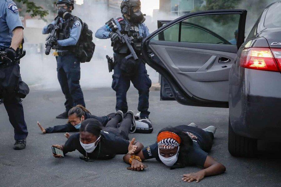 عکس روز، بازداشت در مینیاپولیس