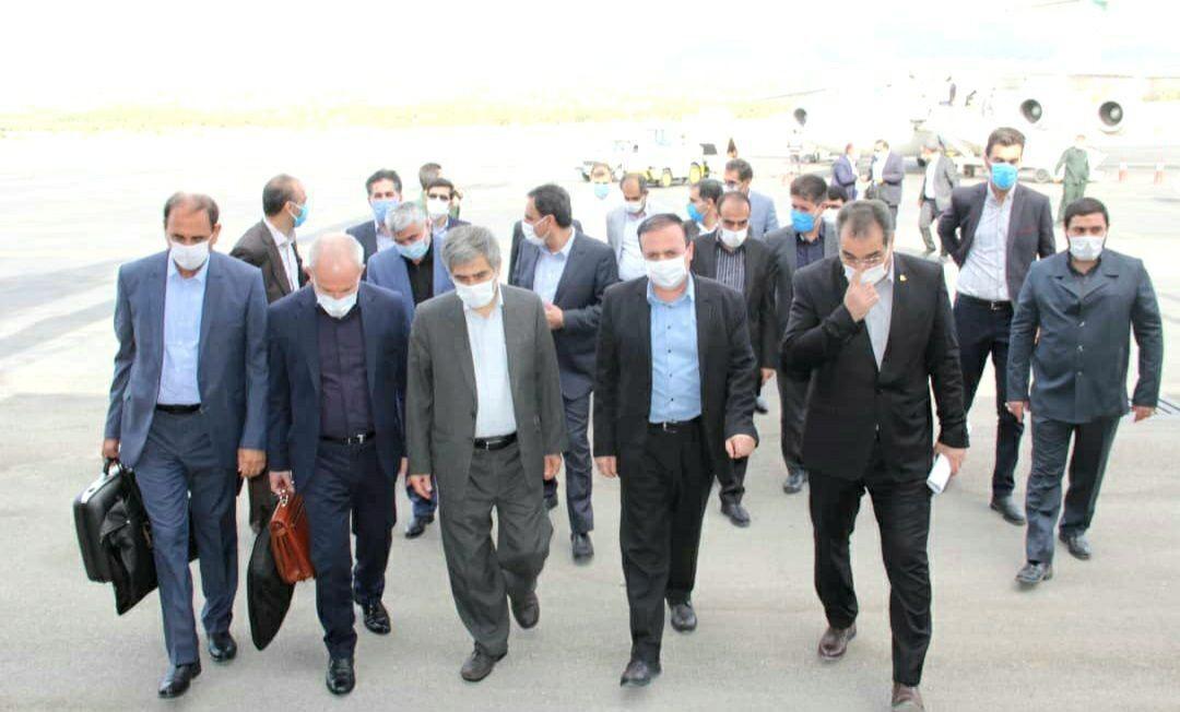 خبرنگاران اعضای کمیسیون انرژی مجلس از میادین نفت و گاز ایلام بازدید می نمایند
